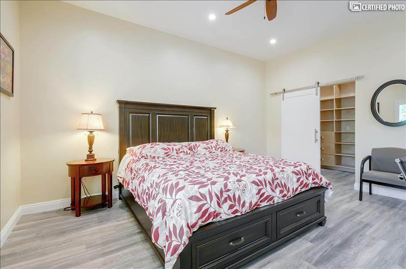 Seally king size mattress in master bedroom 1