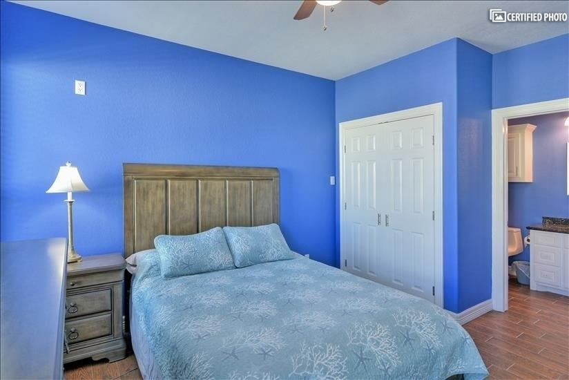 Queen master bedroom closet