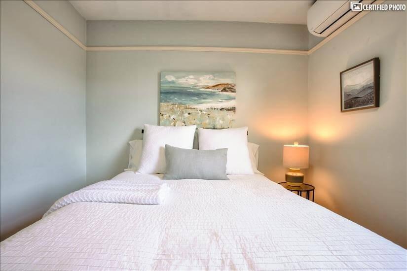 Bedroom 2 linens