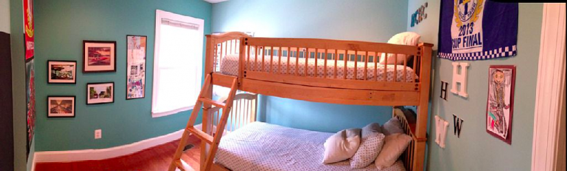 Second bedroom has bunkbeds