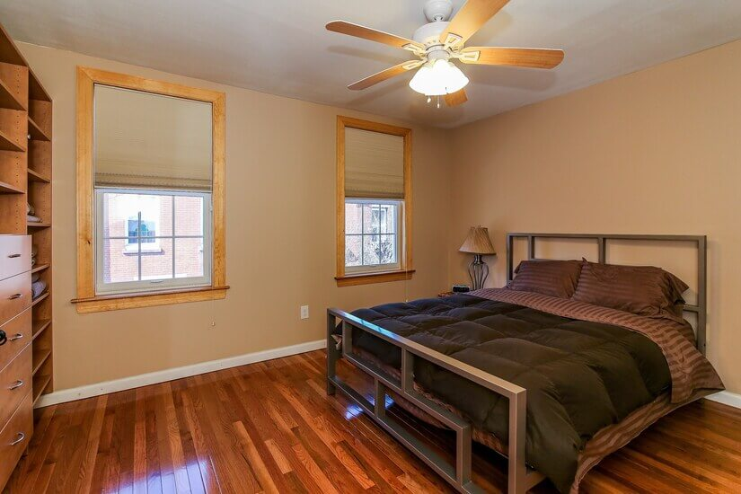 Front bedroom view 3