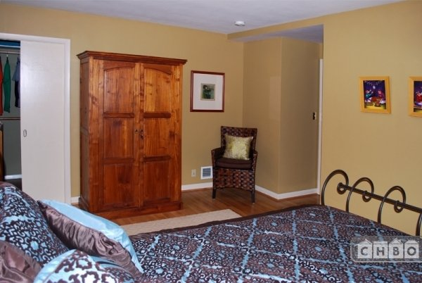 image 10 furnished 2 bedroom Townhouse for rent in Portland Southeast, Portland Area
