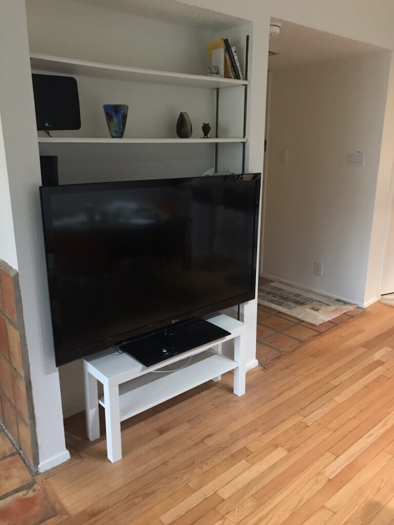 "52"" Roku-enabled TV"