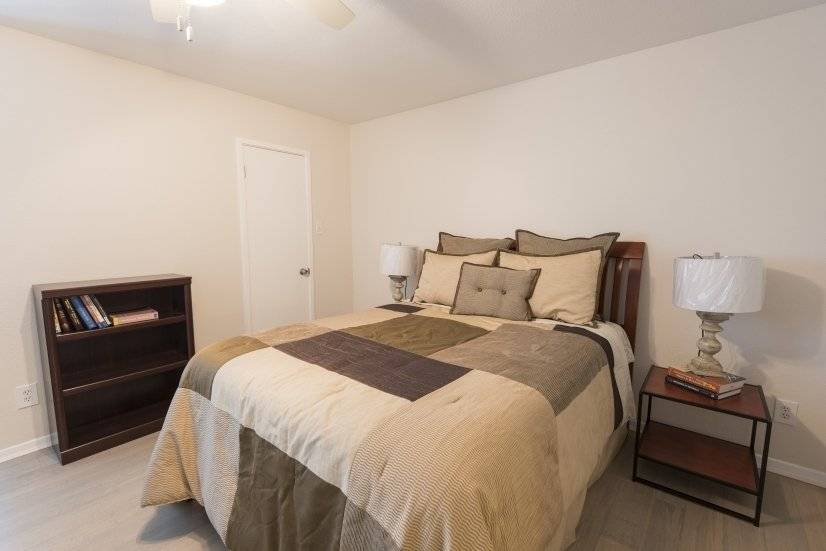 image 9 furnished 1 bedroom Townhouse for rent in Oak Lawn, Dallas
