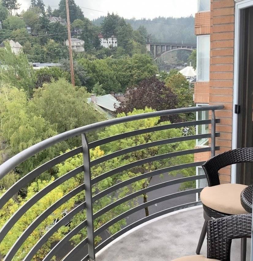 Balcony view of Vista Bridge