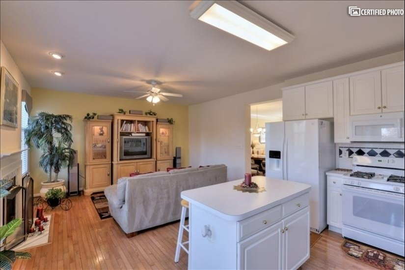 image 8 furnished 3 bedroom House for rent in Ashburn, DC Metro