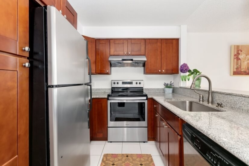 image 8 furnished 2 bedroom Townhouse for rent in Bellevue, Seattle Area