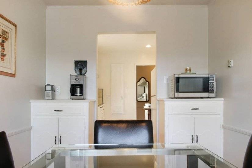 image 5 furnished 1 bedroom Townhouse for rent in San Mateo, San Mateo (Peninsula)