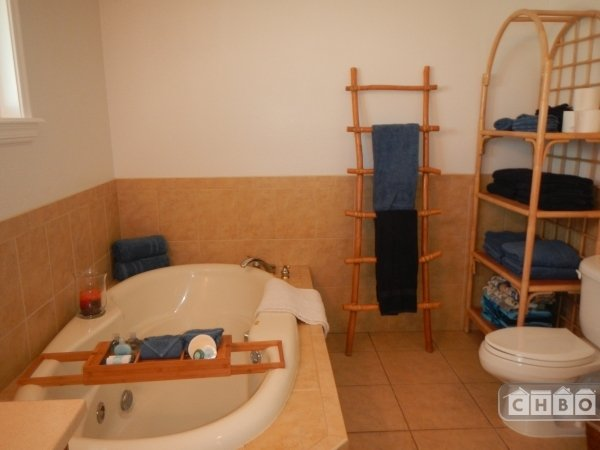 image 5 furnished 2 bedroom House for rent in Hauula, Oahu