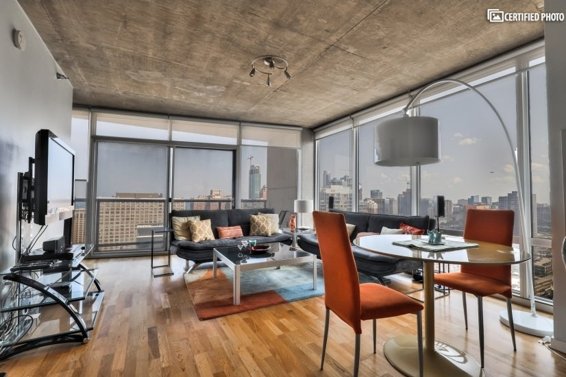 $2400 1 Loop Downtown, Chicago