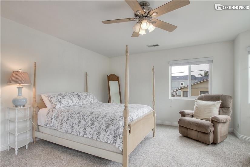 image 13 furnished 3 bedroom House for rent in El Segundo, South Bay