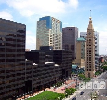 2 Bdrm Downtown Denver Condo with View