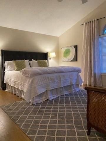 Master Bedroom with King Bed, Twin Daybed and