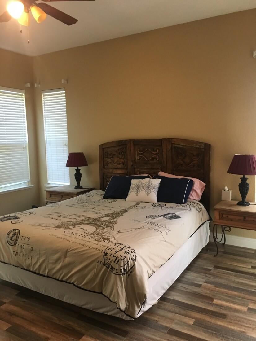 image 9 furnished 3 bedroom House for rent in Sacramento, Sacramento - Stockton