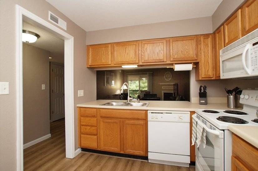 image 5 furnished 1 bedroom Townhouse for rent in Kirkwood, St Louis Area