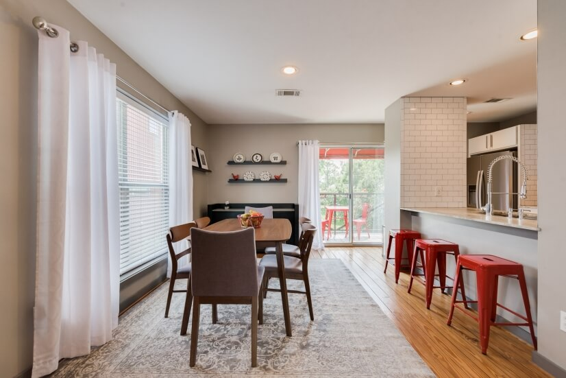 image 7 furnished 2 bedroom Townhouse for rent in Midtown, Inner Loop