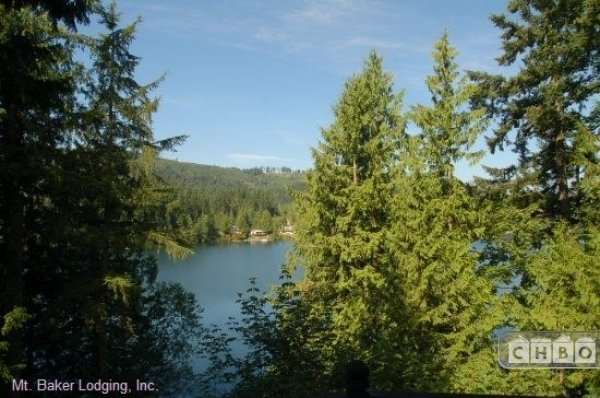 image 15 furnished 3 bedroom House for rent in Mt. Baker, Cascade Mountains