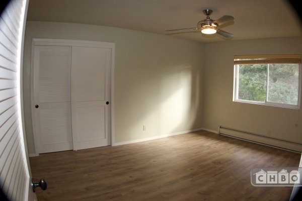image 3 unfurnished 2 bedroom Apartment for rent in Healdsburg, Sonoma County