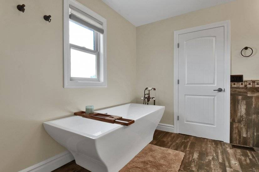 Relax in this stand alone Master Bath Tub
