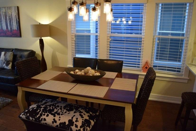 image 9 furnished 3 bedroom Apartment for rent in North Center, North Side