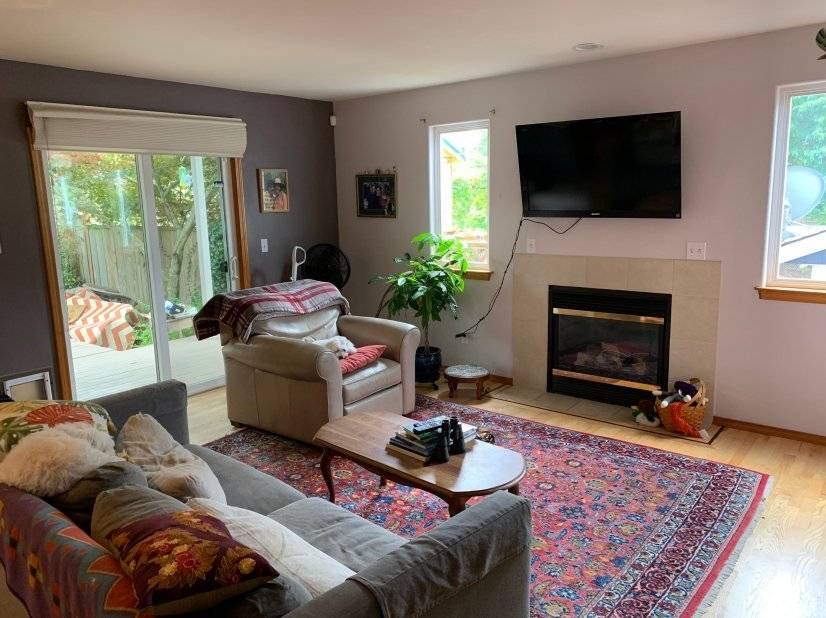 image 5 furnished 4 bedroom House for rent in Shoreline, Seattle Area