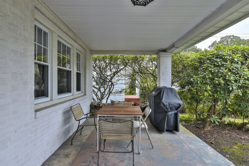Front Covered Porch 2