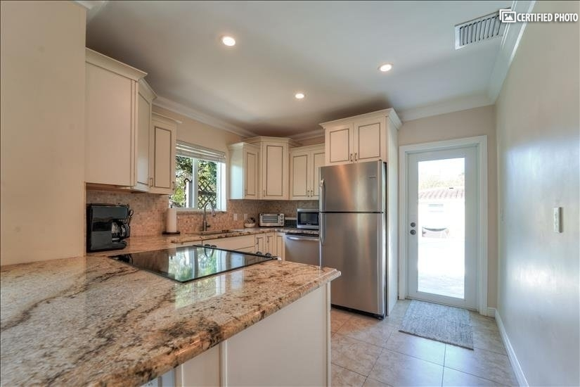 Fully stocked kitchen, provides everything you could need.