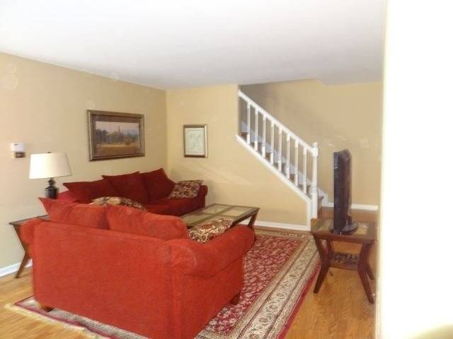 image 3 furnished 2 bedroom Townhouse for rent in Vernon Hills, North Suburbs