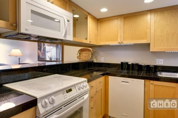 image 5 furnished 2 bedroom Townhouse for rent in Redmond, Seattle Area