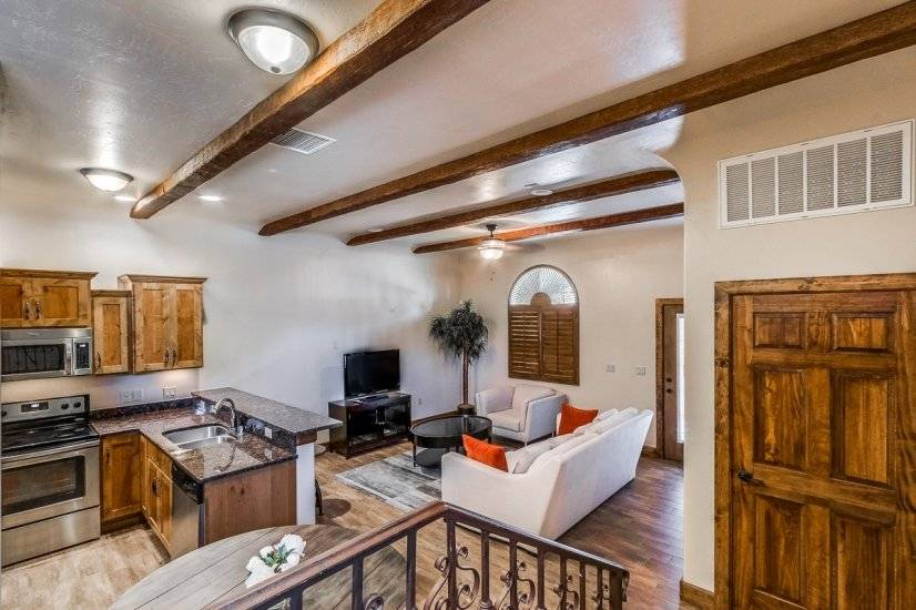 image 4 furnished 2 bedroom Townhouse for rent in West El Paso, El Paso