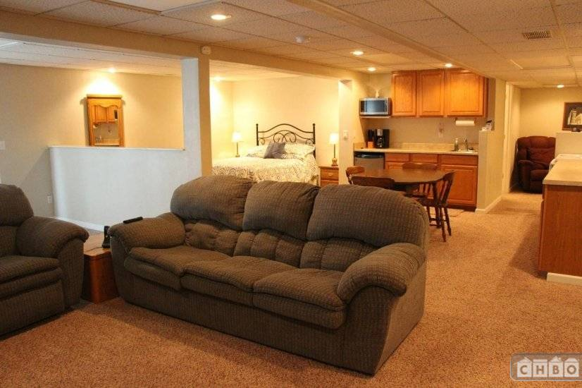 image 10 furnished Studio bedroom Apartment for rent in Belleville, St Clair County