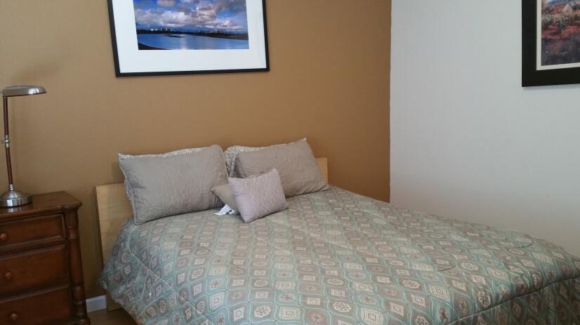 Bed 1 w/queen