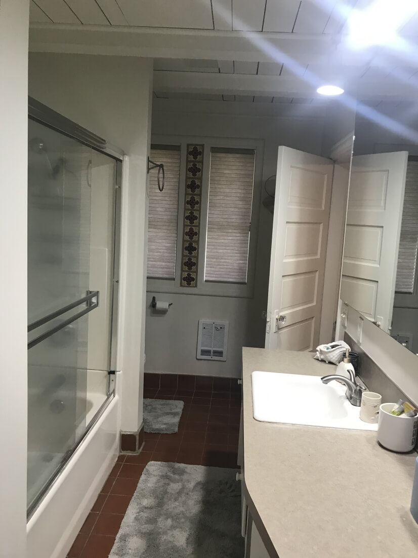 Bathroom with lots of space