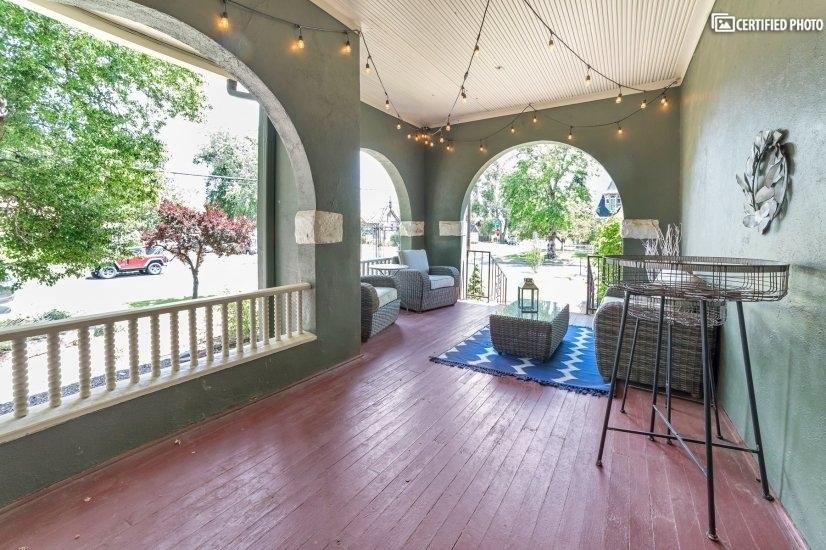 image 4 furnished 5 bedroom House for rent in Capitol Hill, Denver Central