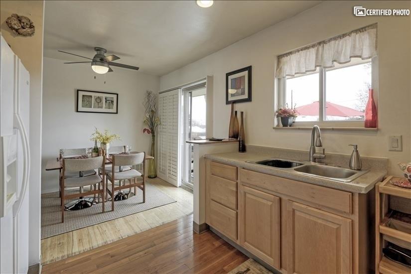image 10 furnished 2 bedroom Apartment for rent in Park Hill, Denver East