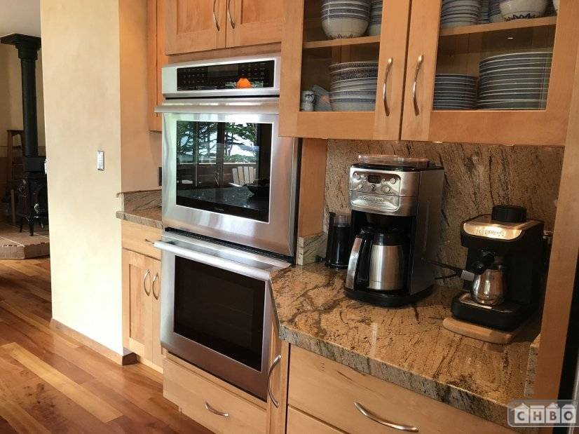 image 7 furnished 2 bedroom House for rent in Moss Beach, San Mateo (Peninsula)