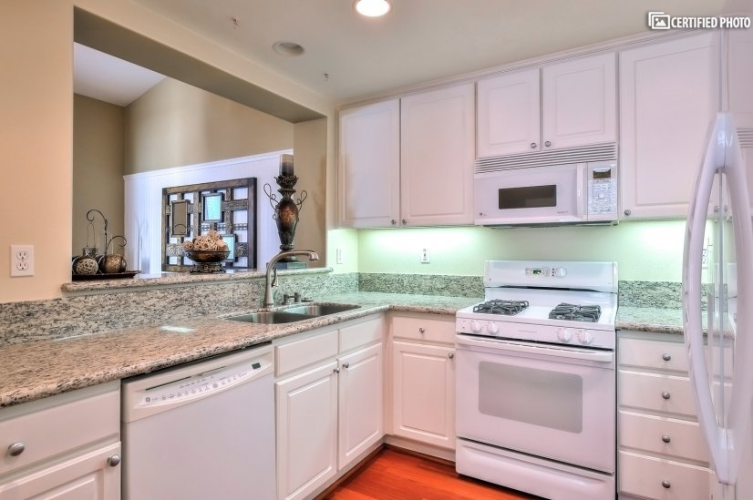 image 7 furnished 1 bedroom Townhouse for rent in Irvine, Orange County