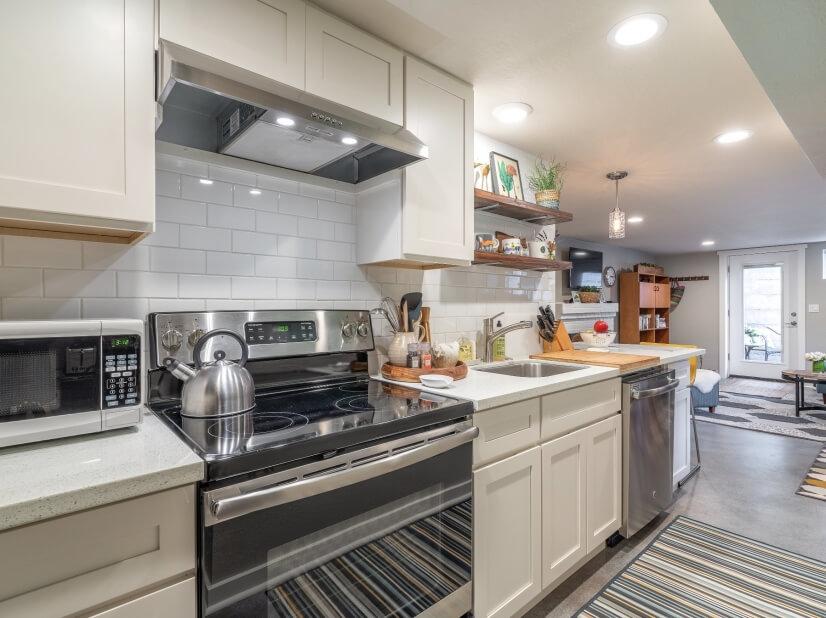 image 10 furnished 1 bedroom Apartment for rent in Portland Southwest, Portland Area