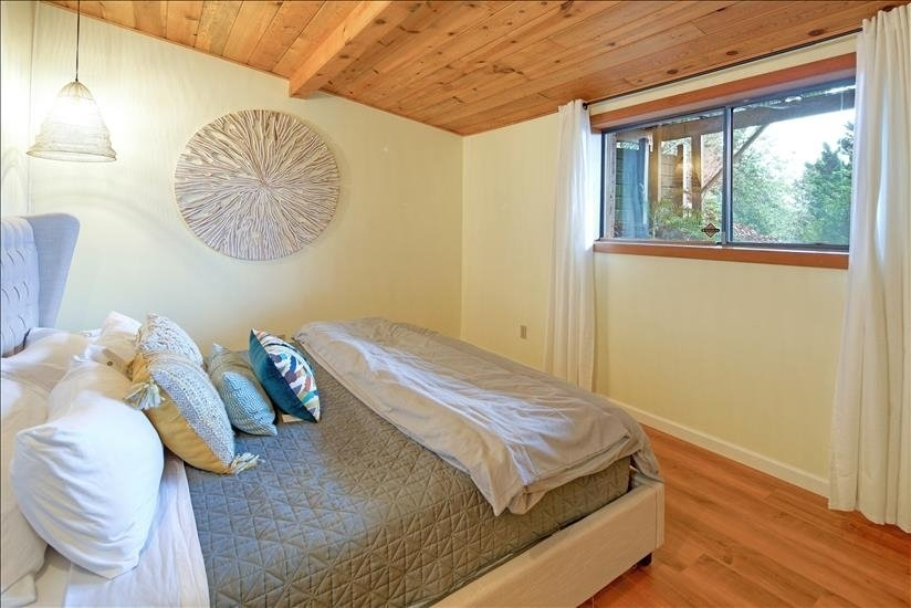 Bedroom with sunrise views over Mt. Hood!