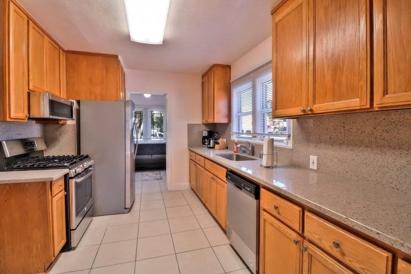 Kitchen - photo  2
