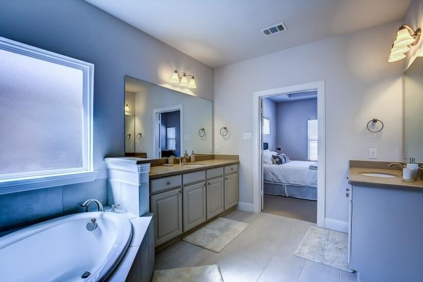 Master Bath 2nd Floor View 2