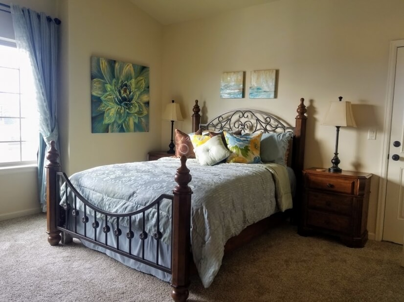 Beautiful Master Bedroom  with lovely Tuscan