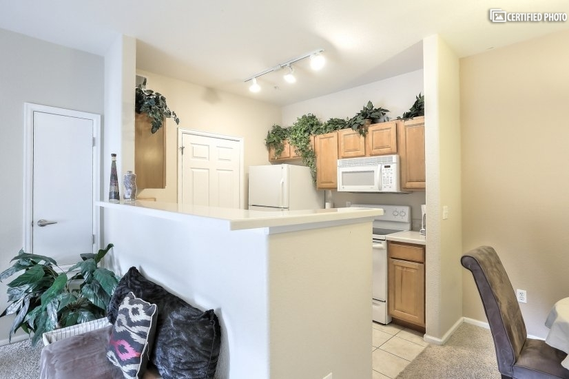 image 6 furnished 2 bedroom Townhouse for rent in Centennial, Arapahoe County