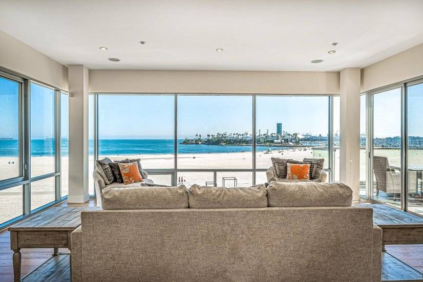 image 9 furnished 2 bedroom Townhouse for rent in Long Beach, South Bay
