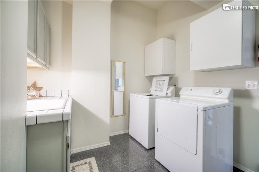 Laundry Room (Level 2.5)