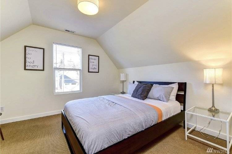 image 9 furnished 2 bedroom Townhouse for rent in Capitol Hill, Seattle Area