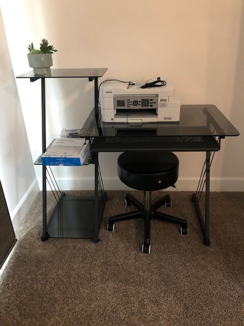 WiFi, wok stations and printer, fax, scanner