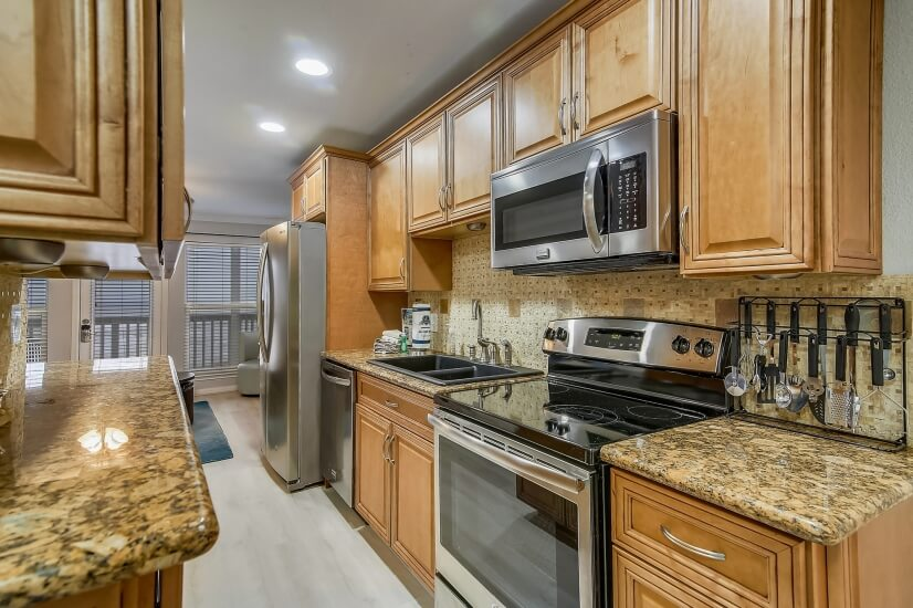 Seascape Unit with Stainless Appliances and G