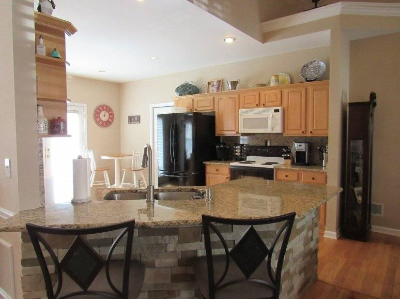 image 3 furnished 5 bedroom House for rent in Hall County, Northeast Mountains