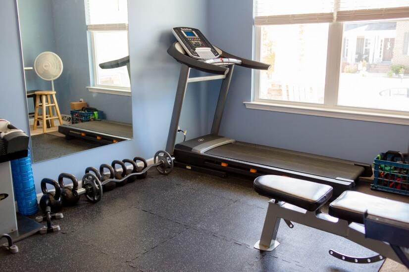 Treadmill, Kettlebell weights, weight bench